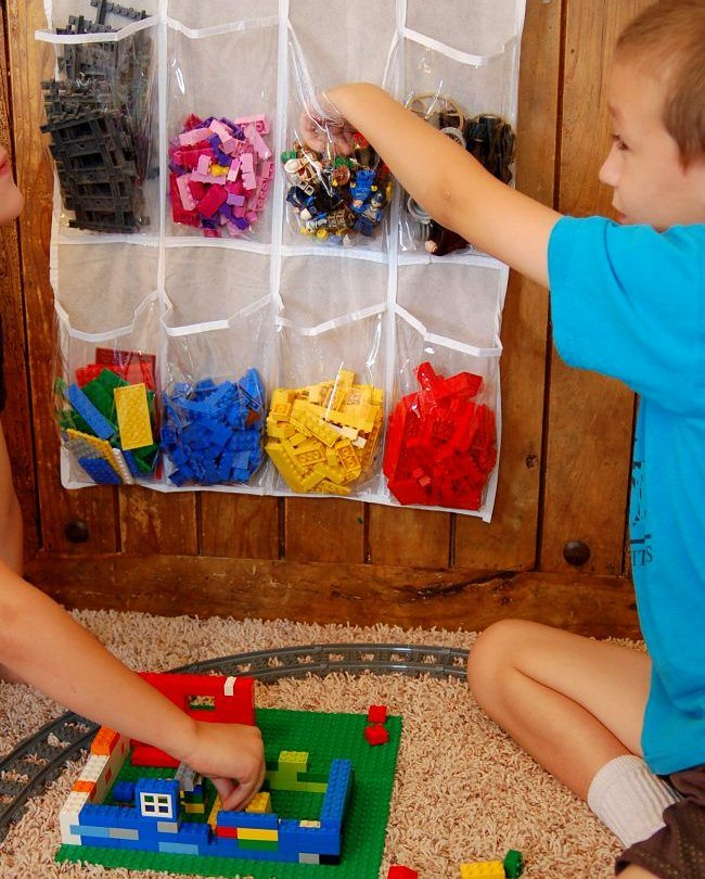 lego-hanging-pocket-storage