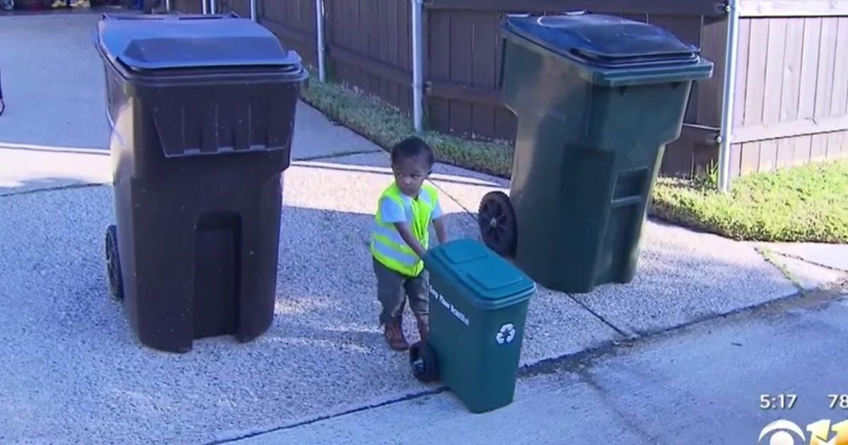 toddler_mini_garbage_can_featured