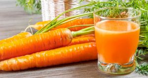 health_benefits_of_carrot_juice_featured