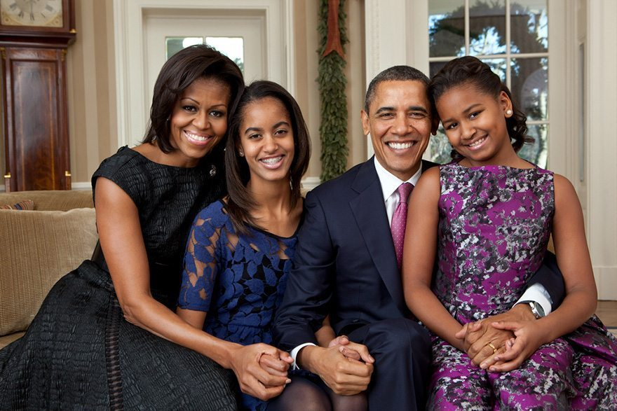 10-family-portrait-in-the-oval-office