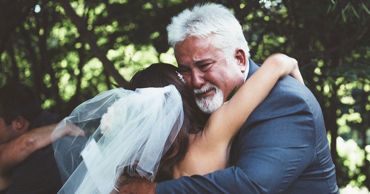 dads_on_daughters_wedding_days_featured