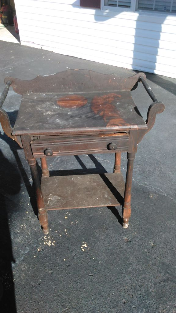 Grandma S Precious Furniture Is Destroyed In Fire Then Kind Neighbor Restores Them Czaal Is A
