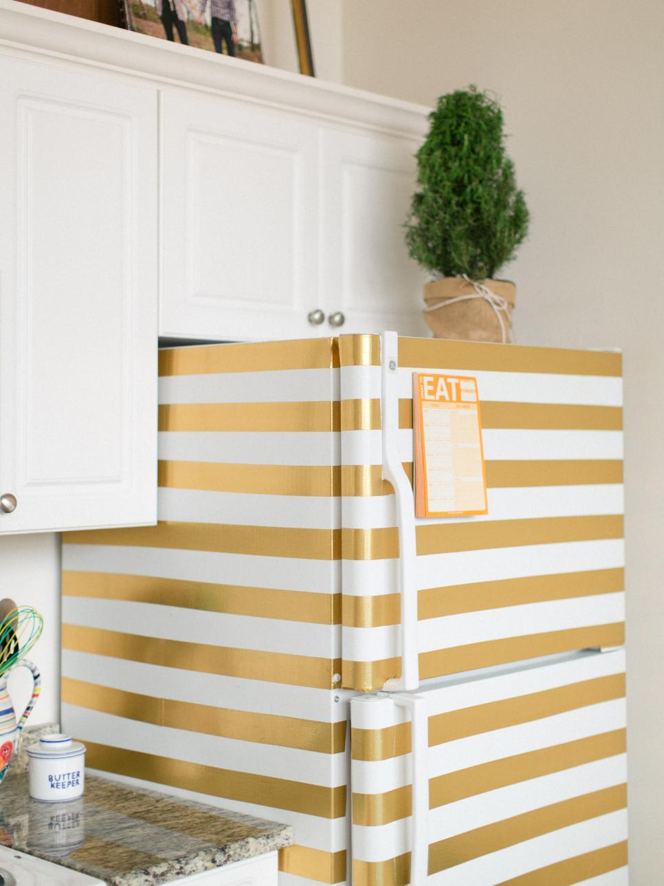 ci-honey-and-fitz_masking-tape-fridge_v-jpg-rend-hgtvcom-966-1288