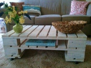 wood-pallet-coffee-table-300x225