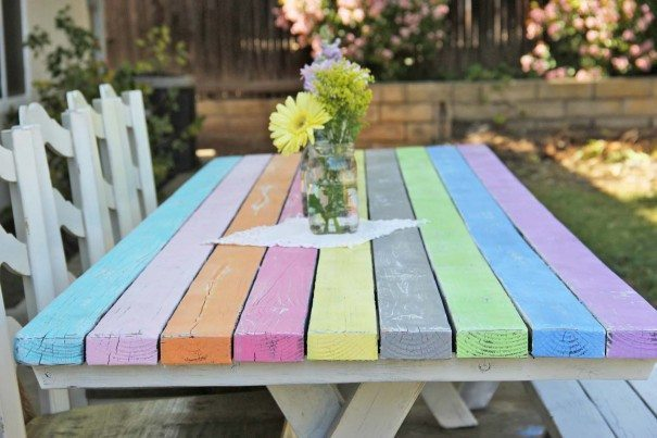 picnic-table-painted-605x403