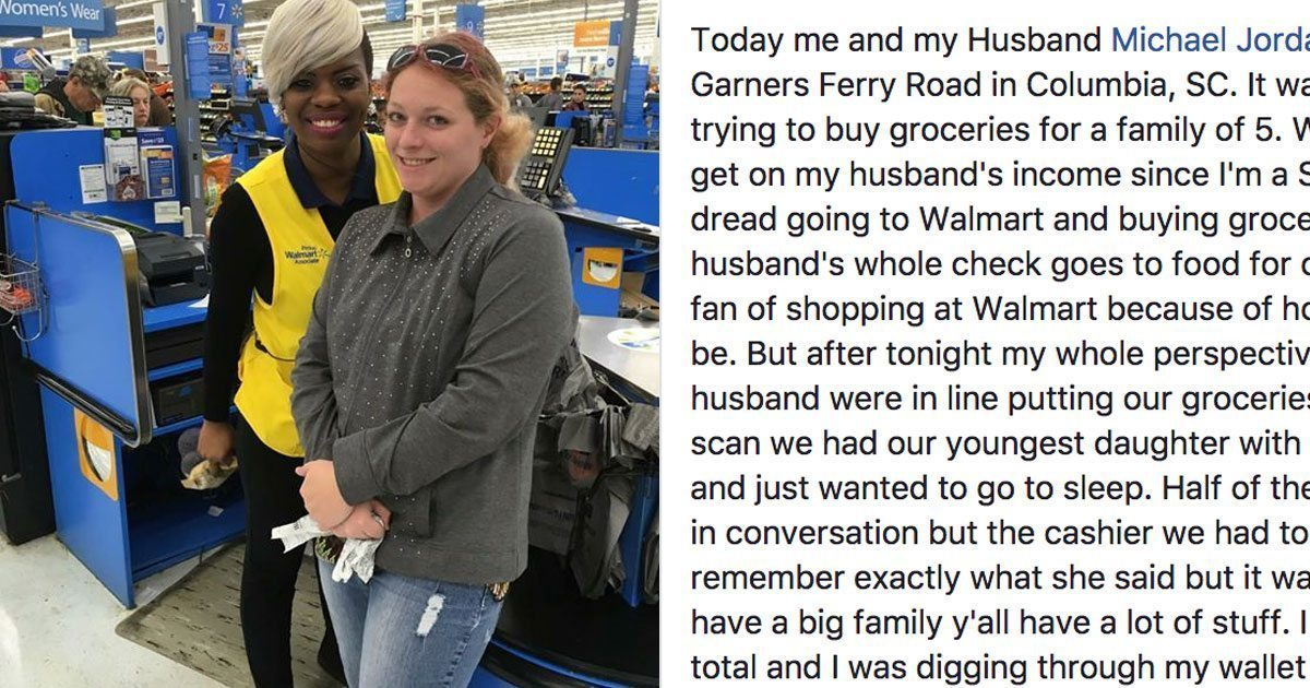 cashier_pays_for_moms_groceries_featured