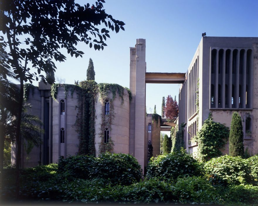 cement-factory-renovation-la-fabrica-ricardo-bofill-5-58b3e203cdd99__880