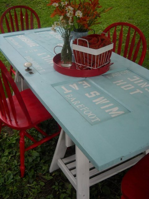 gallery-1427138198-picnic-table-083