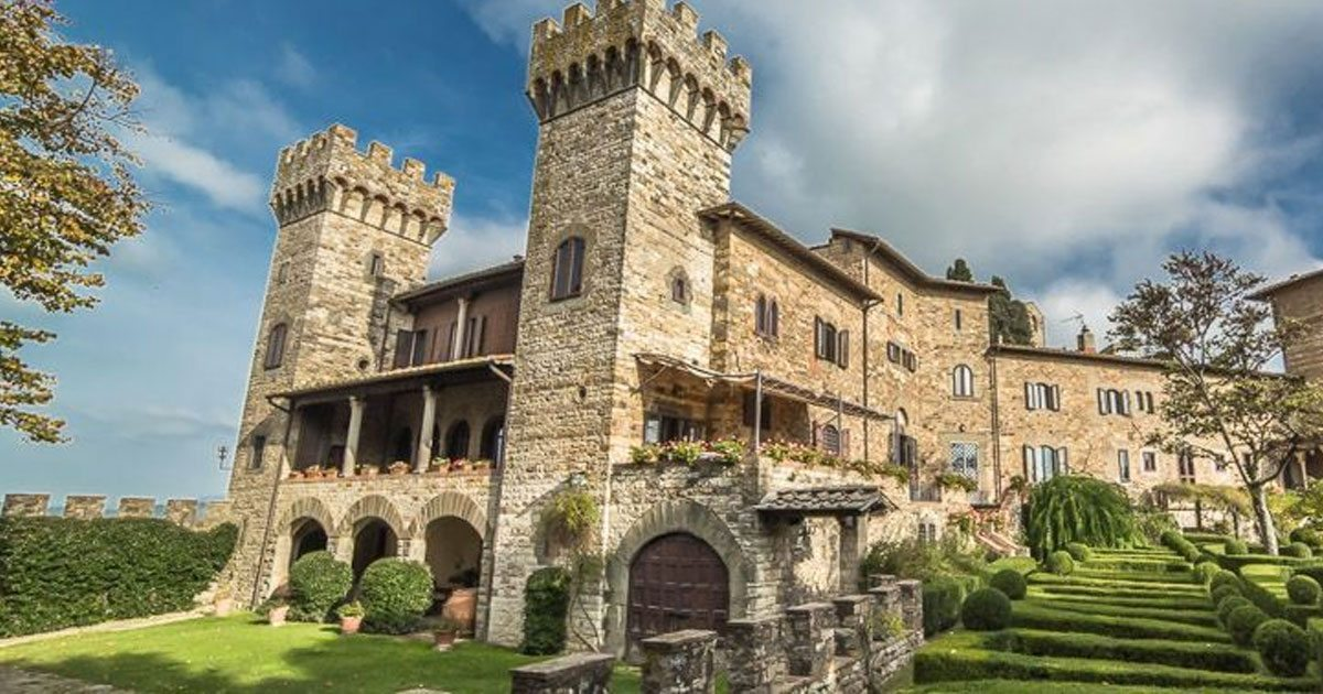 free_castles_italy_featured