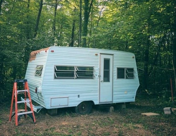 let-s-go-glamping-flooring-home-decor-home-improvement-5-600x465