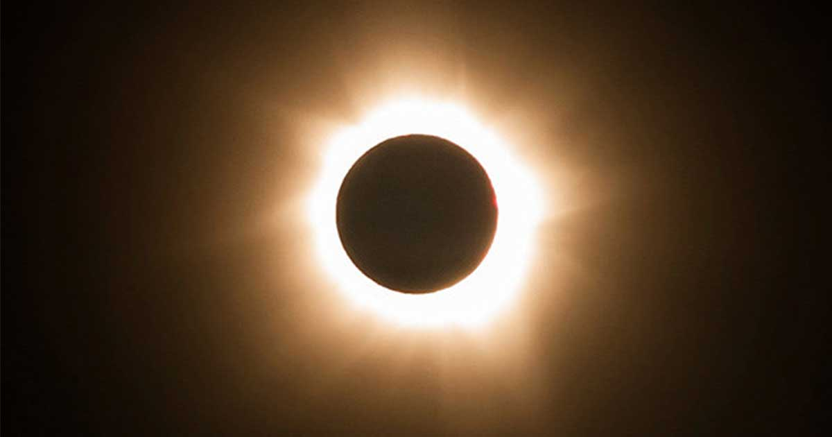 Prepare for the 1st total solar eclipse visible across the US since 1979. Here's 10 facts