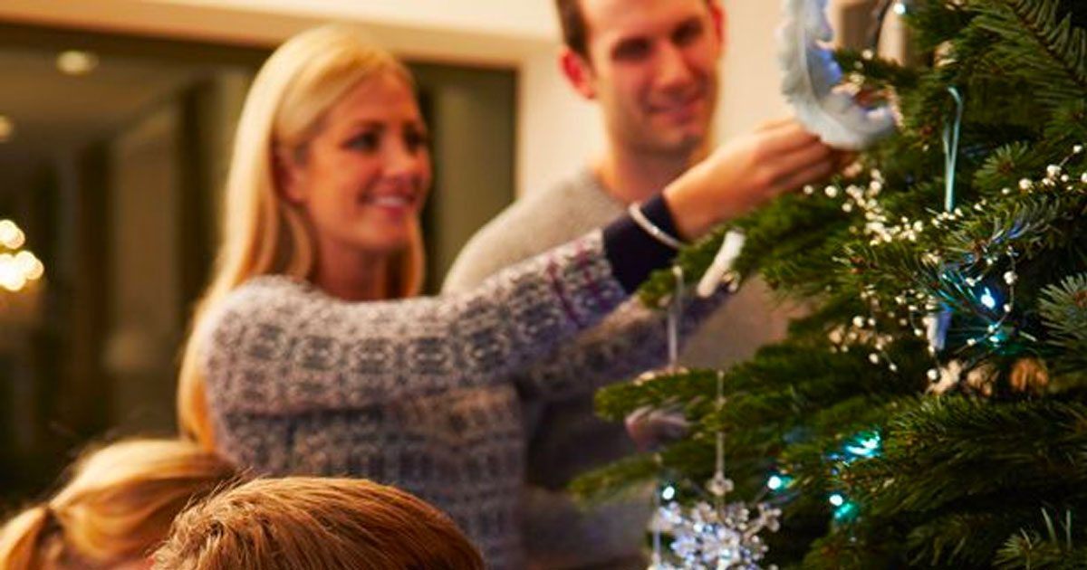 Science Shows Decorating For Christmas Early Makes People