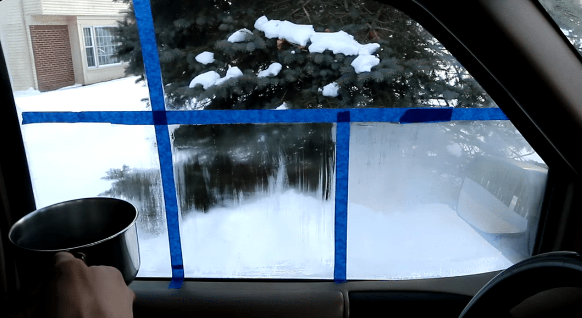 how to stop windshield from fogging
