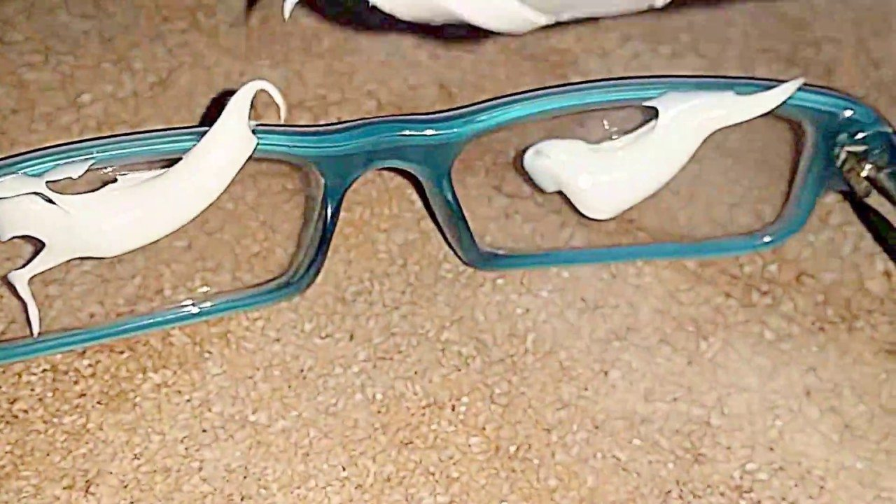 c53a4a6b25 10 Easy Ways To Get Rid Of Scratches On Glasses