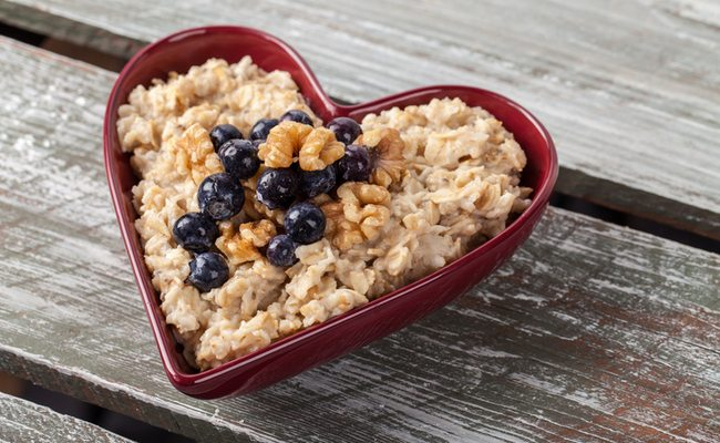 oatmeal-in-heart-bowl