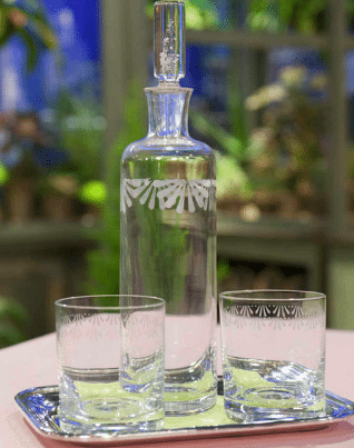 40 Brilliant Ways To Upcycle Glass Bottles