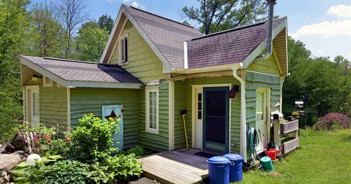 this-tiny-450-square-foot-home-is-like-a-mansion