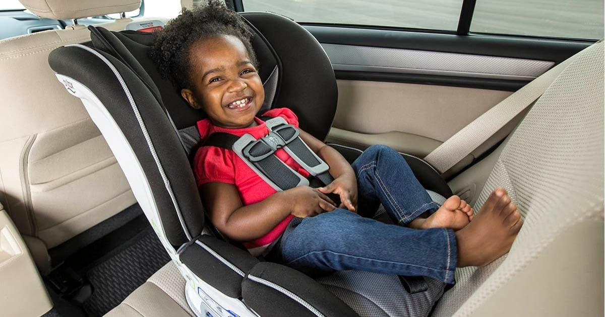 kids-should-remain-in-rear-facing-seats-as-long-as-possible
