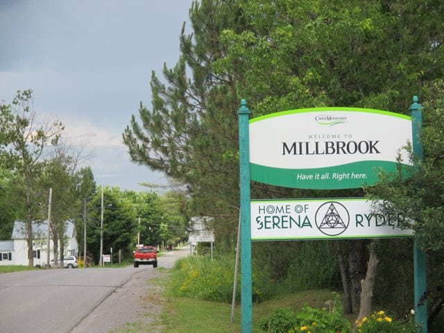 millbrook-ontario-welcome-sign
