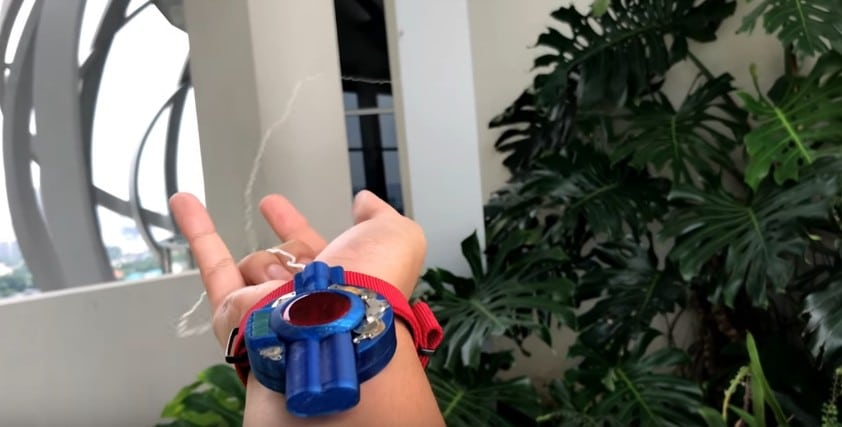 how to make spider man web shooting real