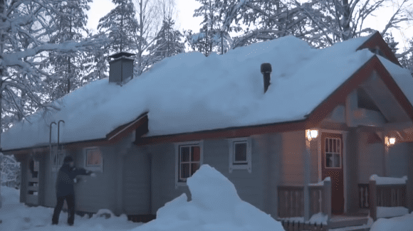 clear-roof-snow-rope