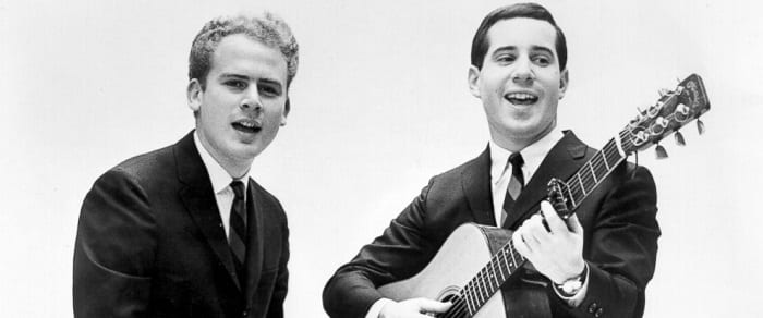 Hunky Duo Play Cover 'Sound Of Silence' - Their Back And