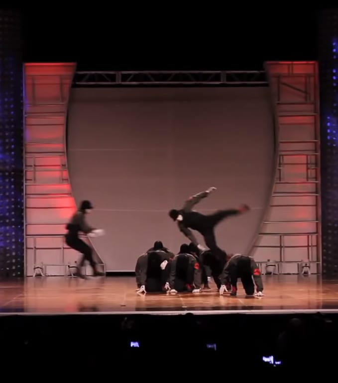 Hip-Hop Dance Group Performs To Jabberwocky - It's Amazing!