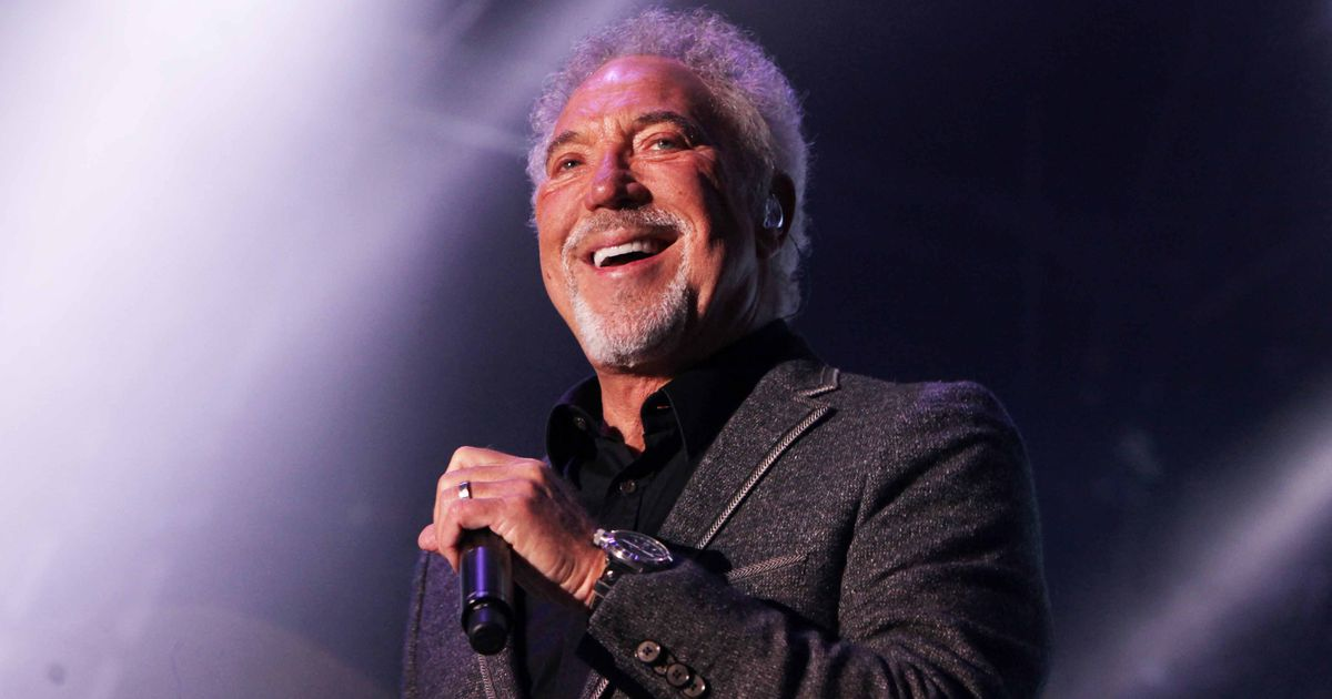 Tom Jones Croons Classic Hit, Reminds Us Why He's A Legend