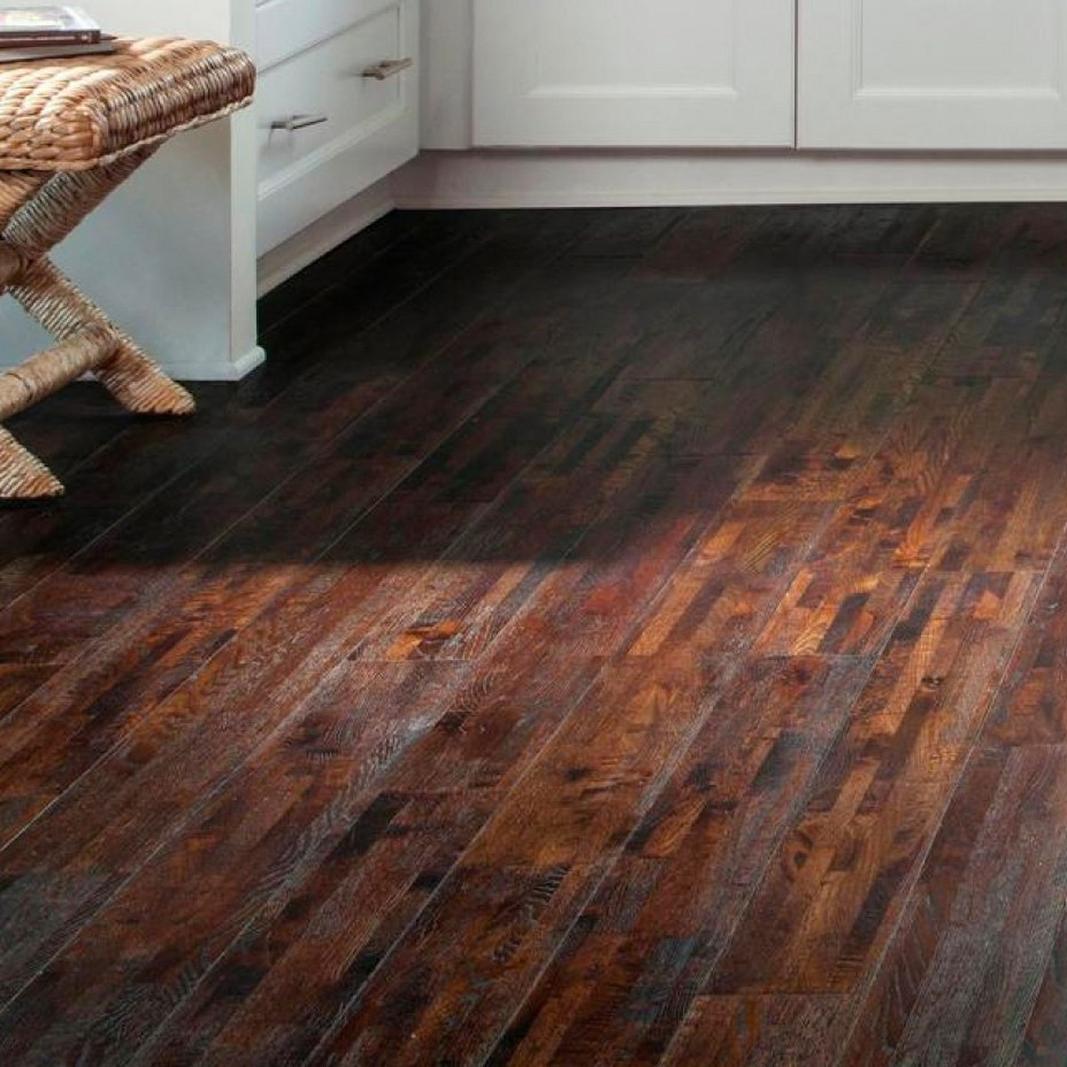 Can You Use Vinegar On Wood Floors: 20 Things You Should Never Use Vinegar For
