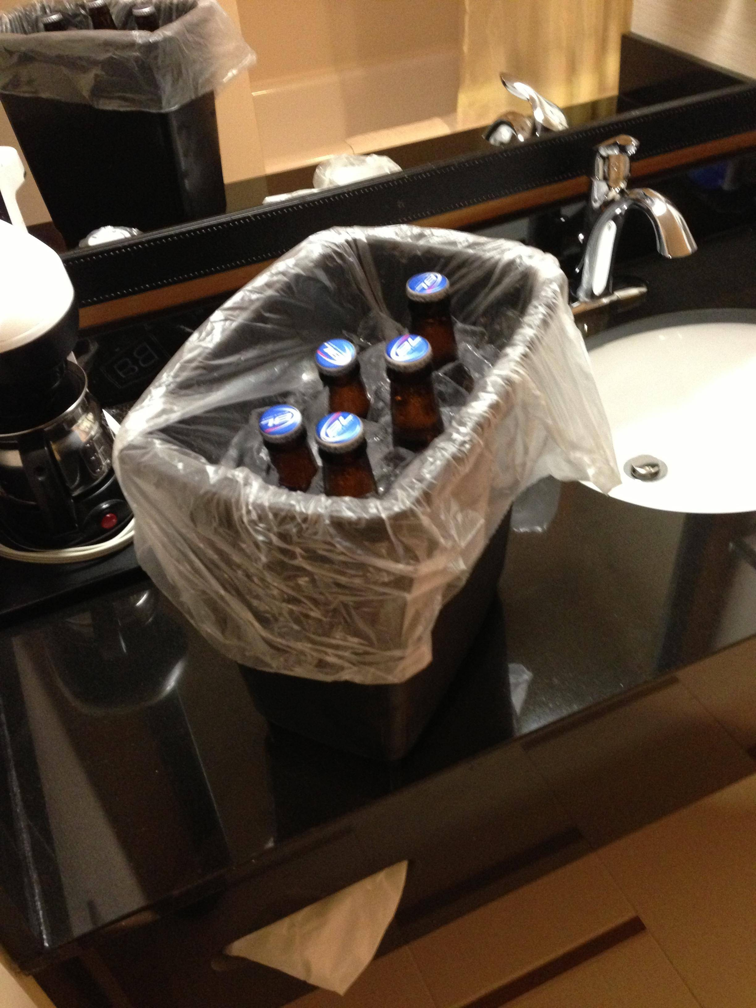 55 hotel hacks that will change everything you knew