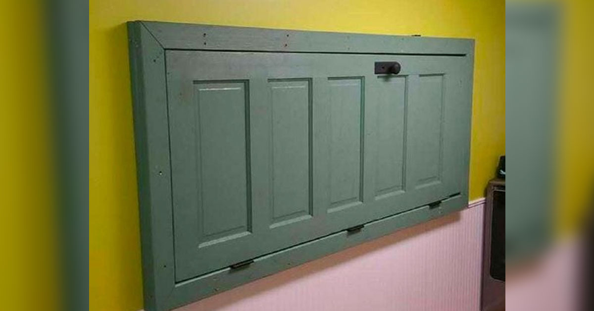 55 Ways To Upcycle And Reuse Old Doors
