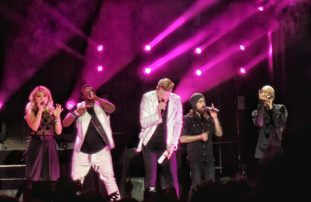 """Pentatonix Sings Haunting Rendition Of """"The Sound Of Silence"""""""