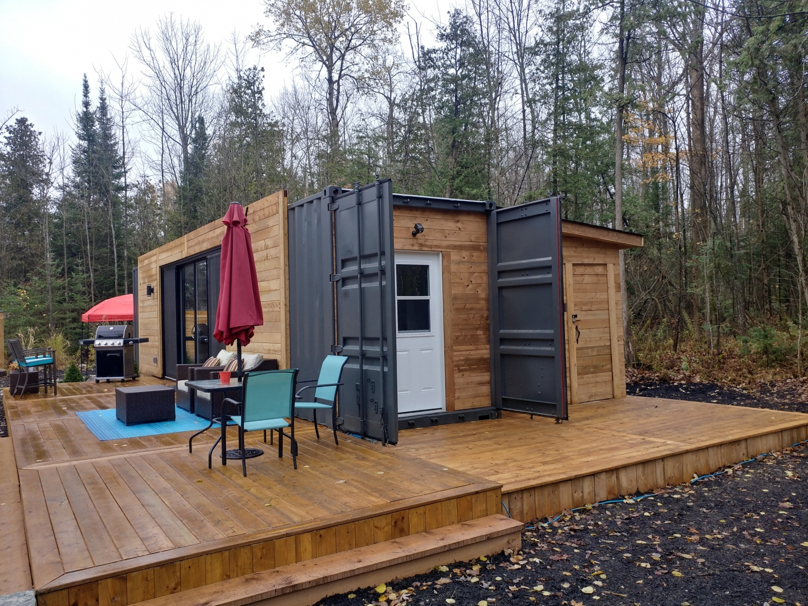 Modern Shipping Container Homes Have Everything You Need