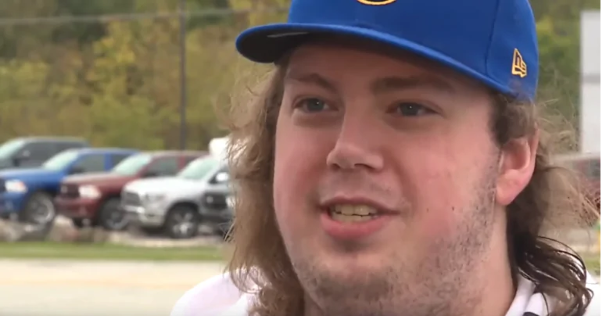 Pizza guy notices woman with a black eye behind man during delivery – his actions save her life