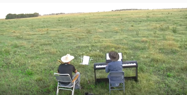 Piano_Playing_For_Cows