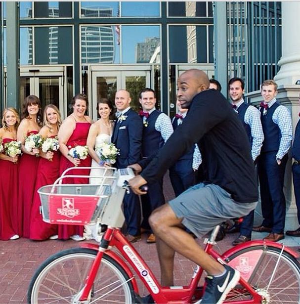 https://www.reddit.com/r/funny/comments/3opjsq/my_local_bike_share_posted_this_photobomb/