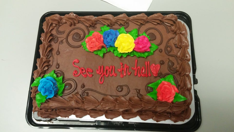 https://www.reddit.com/r/funny/comments/3is24l/i_quit_my_job_and_got_this_cake_on_my_last_day/