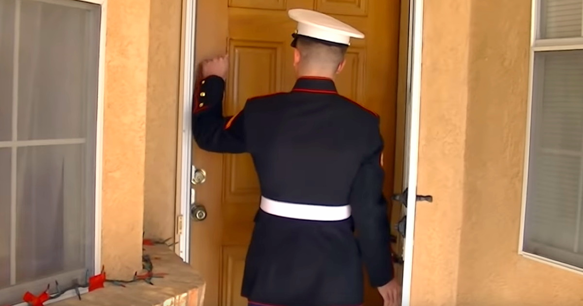 Handsome marine shows up unannounced and mom's eruption is pure gold