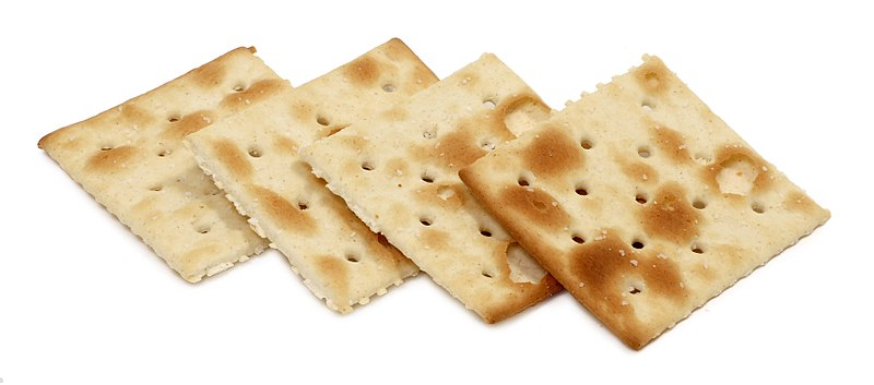 https://commons.wikimedia.org/wiki/File:Saltine-Crackers.JPG