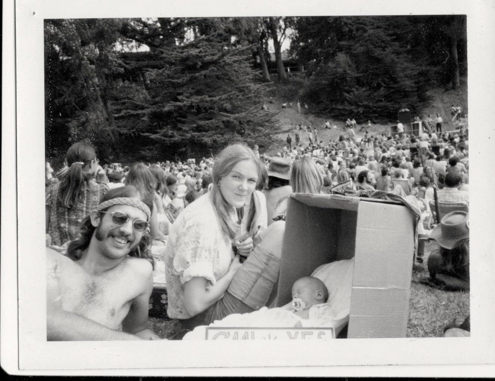 https://old.reddit.com/r/OldSchoolCool/comments/7ti11s/california_marijuana_initiative_rally_1972_thats/