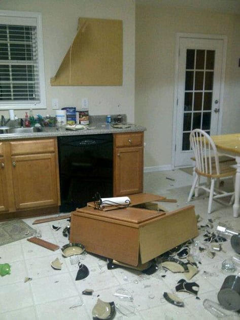 https://www.monagiza.com/design/funniest-kitchen-renovation-fails/