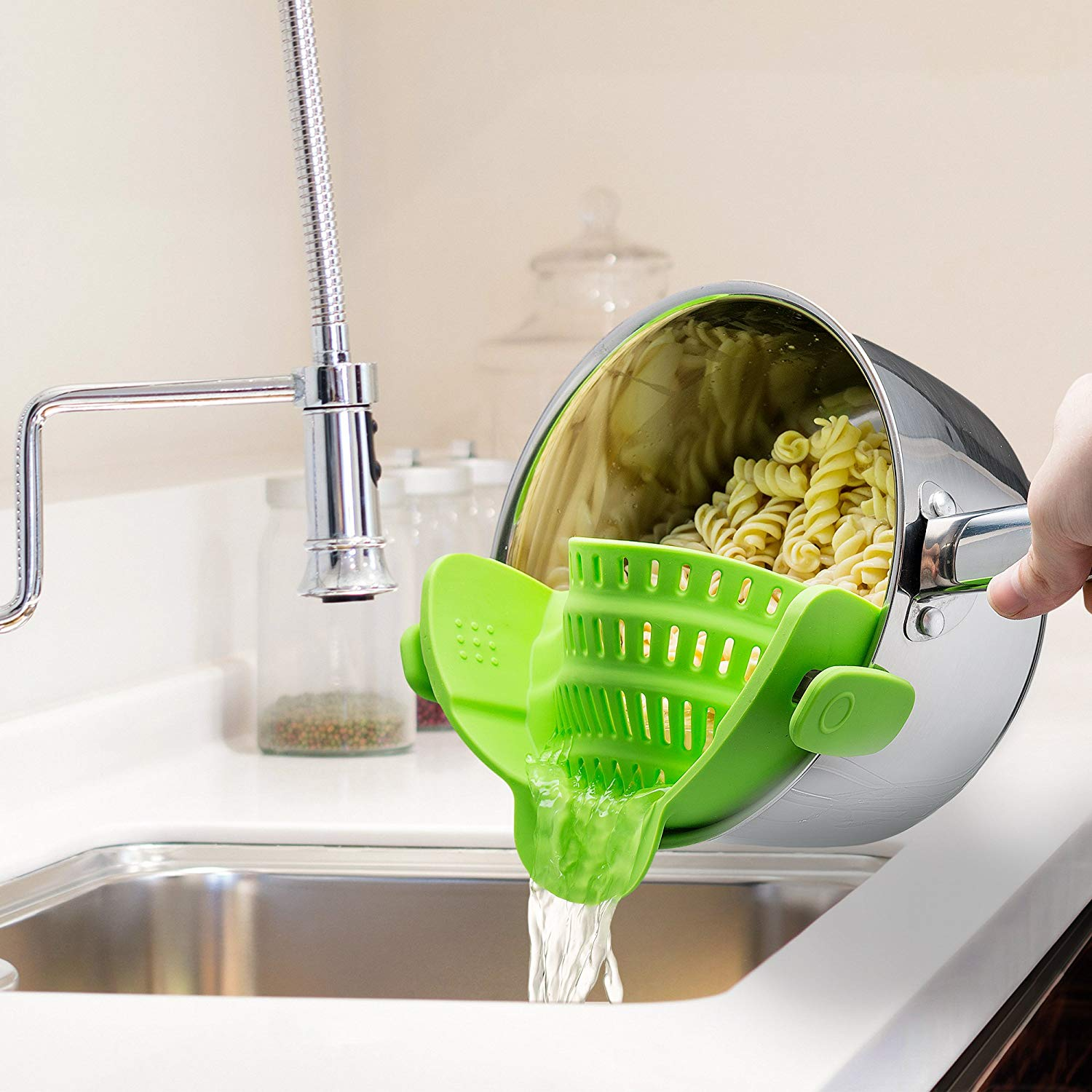 https://www.amazon.com/Kitchen-Gizmo-Strainer-Silicone-Colander/dp/B018W9JII0/ref=as_li_ss_tl?crid=RA92Q6JVNL7W&keywords=kitchen+gizmo+snap+n+strain&qid=1557347953&s=gateway&sprefix=kitchen+gizmo,aps,163&sr=8-1-spons&psc=1&linkCode=sl1&tag=usatgallery-20&linkId=6d7ccc374821e079c6be069d75b0d53d&language=en_US