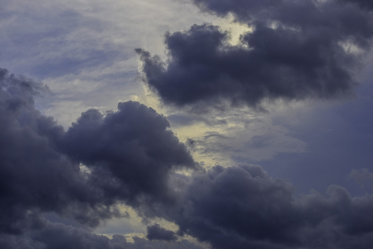 https://commons.wikimedia.org/wiki/File:Background_Clouds_2_(55079272).jpeg