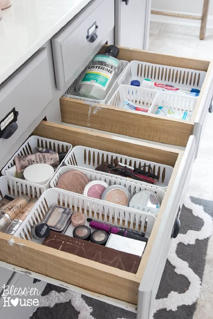 https://thesummeryumbrella.com/dollar-store-bathroom-drawer-organization/