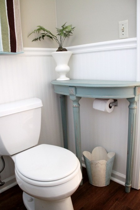 https://southernhospitalityblog.com/updating-a-70s-bath-avocado-aqua/