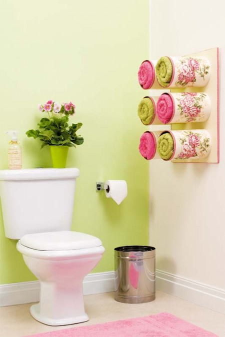 https://diy-enthusiasts.com/diy-home/bathroom-organizing-ideas-tin-cans/