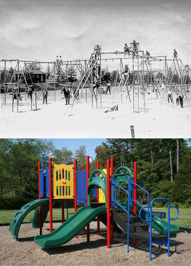 https://commons.wikimedia.org/wiki/File:2009-04-21_Hampton_Forest_Apartment_Homes_playground.jpg