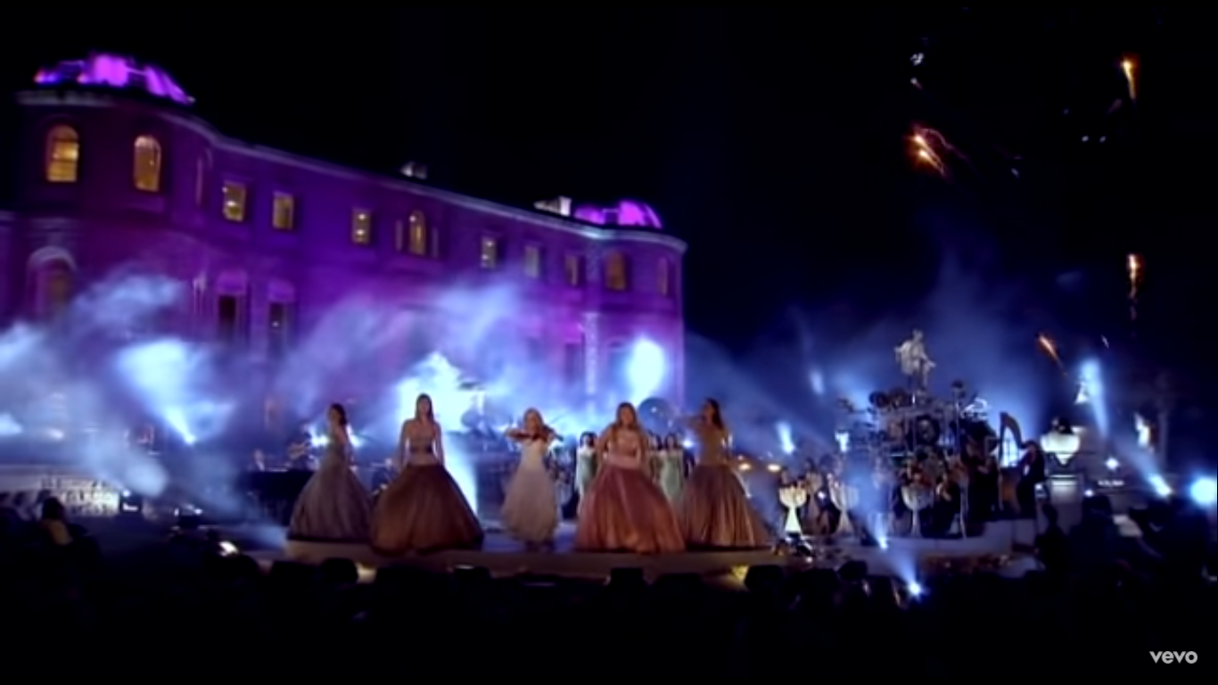 celtic woman performs