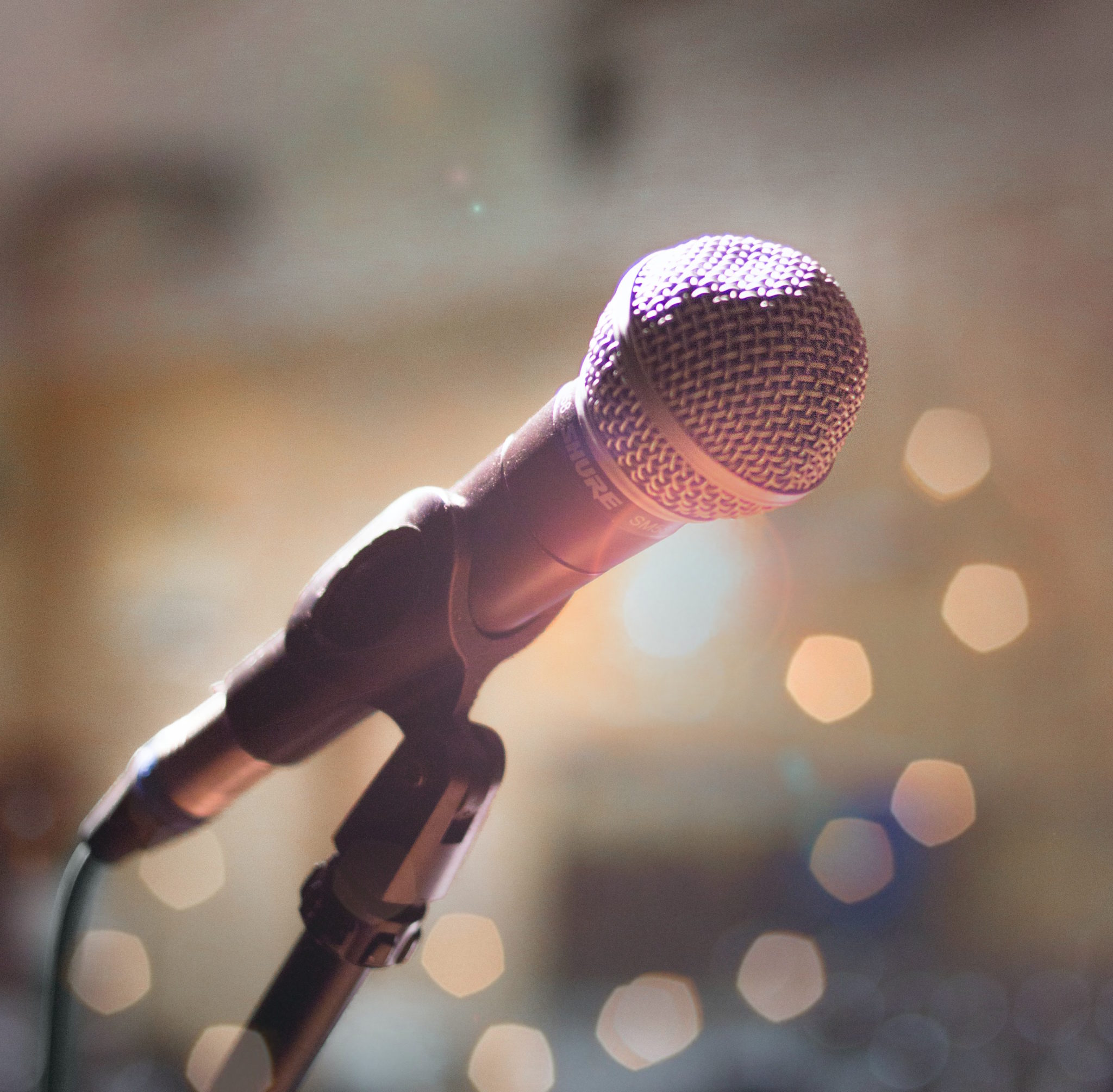 https://www.pexels.com/photo/close-up-photography-of-microphone-1032000/